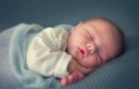 Votre ostéopathe à Paris 12 : plagiocéphalie du nourrisson et exercices